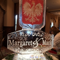 Thumb_polish_flag_with_names_ice_sculpture