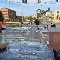 Thumb_asplundh_truck_3d_ice_sculpture