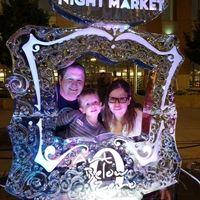 Thumb_frame_photo_opp_ice_sculpture_at_the_newaukee_night_marketwm