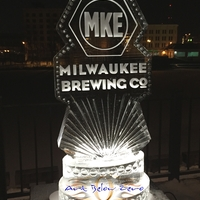 Thumb_milwaukee_brewing_company_ice_sculpture
