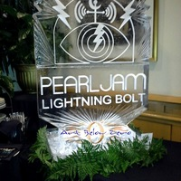 Thumb_pearl_jam_album_cover_ice_sculpture__bmo_bradley_harris_center
