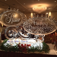 Thumb_thanksgiving_at_the_pfister_hotel_2014_ice_sculpture