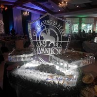 Thumb_ivanhoe_shield_on_a_dinamic_cape_cod_seafood_display_ice_sculpture