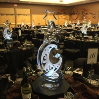 Thumb_moon_and_stars_ice_centerpieces