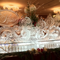 Thumb_joy_swirls_at_the_pfister_hotel_holiday_extravaganza_14