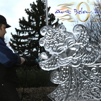 Thumb_father_winter_ice_sculpture