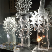 Thumb_gears_moving_kinetic_ice_sculpture