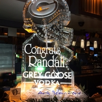 Thumb_grey_goose_vodka_congrats_randall_ice_sculpture