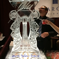 Thumb_martini_glass_luge_ice_sculpture_for_blu
