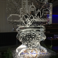 Thumb_milwaukee_love_double_martini_luge_ice_sculpture