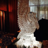 Thumb_pelican_luge_ice_sculpture