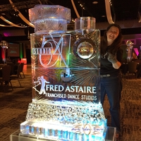 Thumb_studio_54_fred_astaire_disco_spigot_ice_sculpturewm