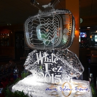 Thumb_tv_land_double_martini_luge_ice_sculpture
