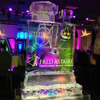 Thumb_fred_astaire_dance_studios_martini_spigot_ice_sculpture_studio_54_theme