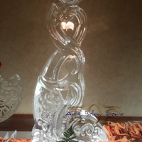 Thumb_mother_and_child_abstract_ice_sculpture