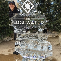 Thumb_the_edgewater_holiday_train_ice_sculpture