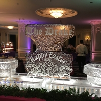 Thumb_easter_brunch_seafood_display_at_the_drake_hotel_2016_ice_sculpture