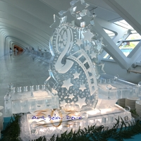Thumb_hollywood_film_theme_cape_cod_display_at_the_milwaukee_art_museum_ice_sculpture