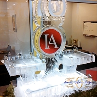 Thumb_international_autos_10_years_seafood_station_ice_sculpture