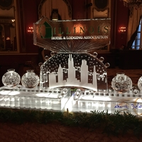 Thumb_illinois_hotel_and_lodging_association_seafood_station_with_chicago_skyline_ice_sculpture_v2