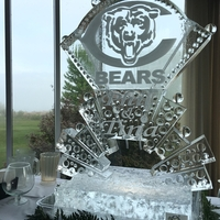 Thumb_chicago_bears_double_martini_luge_ice_sculpture_for_phil___tina