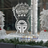 Thumb_kentucky_derby_gala_logo_flanked_by_3d_horse_busts_ice_sculpture_016