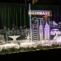 Thumb_reinhart_live_and_milwaukee_skyline_ice_sculpture