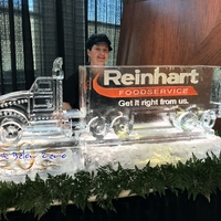 Thumb_reinhart_truck_ice_sculpture_art_below_zero