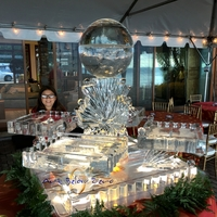 Thumb_harvest_moon_seafood_station_ice_sculpture_2