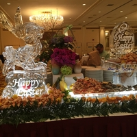 Thumb_the_pfister_hotel_easter_2017_ice_sculpture