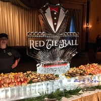 Thumb_seafood_display_ice_sculpture_for_the_red_tie_ball_at_the_beautiful_palmer_house_in_chicago