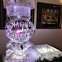 Thumb_spigot_martini_for_marni_and_andrew_ice_sculpture
