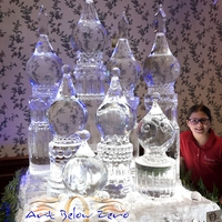 Thumb_yule_ball_ice_sculpture_prom_2017