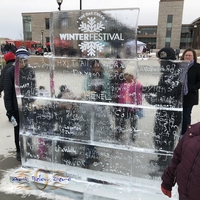 Thumb_grafiti_wall_interactive_ice_at_the_oak_creek_winter_festival