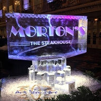 Thumb_morton_s_the_steakhouse_double_martini_luge_ice_sculpture
