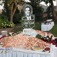 Thumb_portrait_of_mr._constantine_at_the_wisconsin_club_ice_sculpture