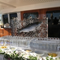 Thumb_salmon_frozen_seafood_platters_ice_sculpture