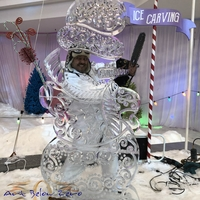 Thumb_snowman_7ft_of_swirly_awesomnes_ice_sculpture18