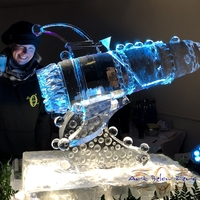 Thumb_rocket_spaceship_martini_luge_ice_sculpture