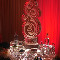 Thumb_caviar_display_vodka_swirl_ice_sculpture