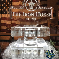 Thumb_the_iron_horse_hotel_petit_2_tier