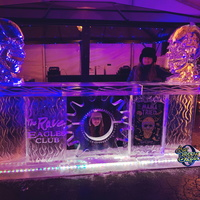 Thumb_mama_tried_at_the_rave_eagles_club_ice_bar