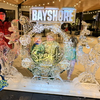 Thumb_bayshore_center_holiday_display