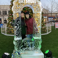 Thumb_frame_ice_photo_opp_at_bayshore_center