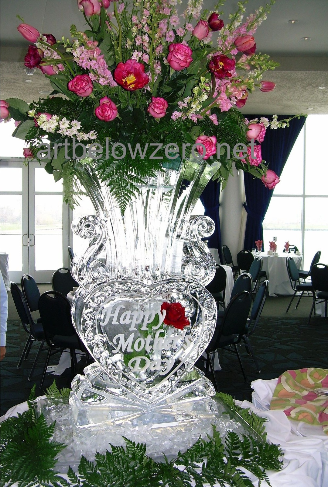 Mothers day ice sculptures by art below zero