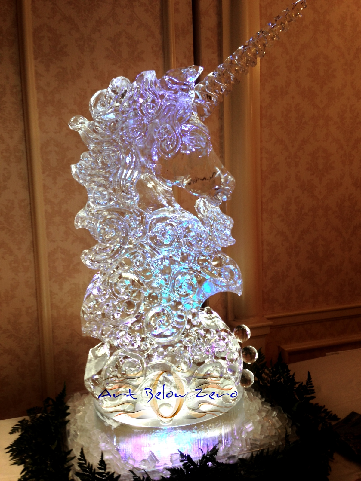 Unicorn_bust_for_timothy_westbrook_studios_legacy_show_ice_sculpture_