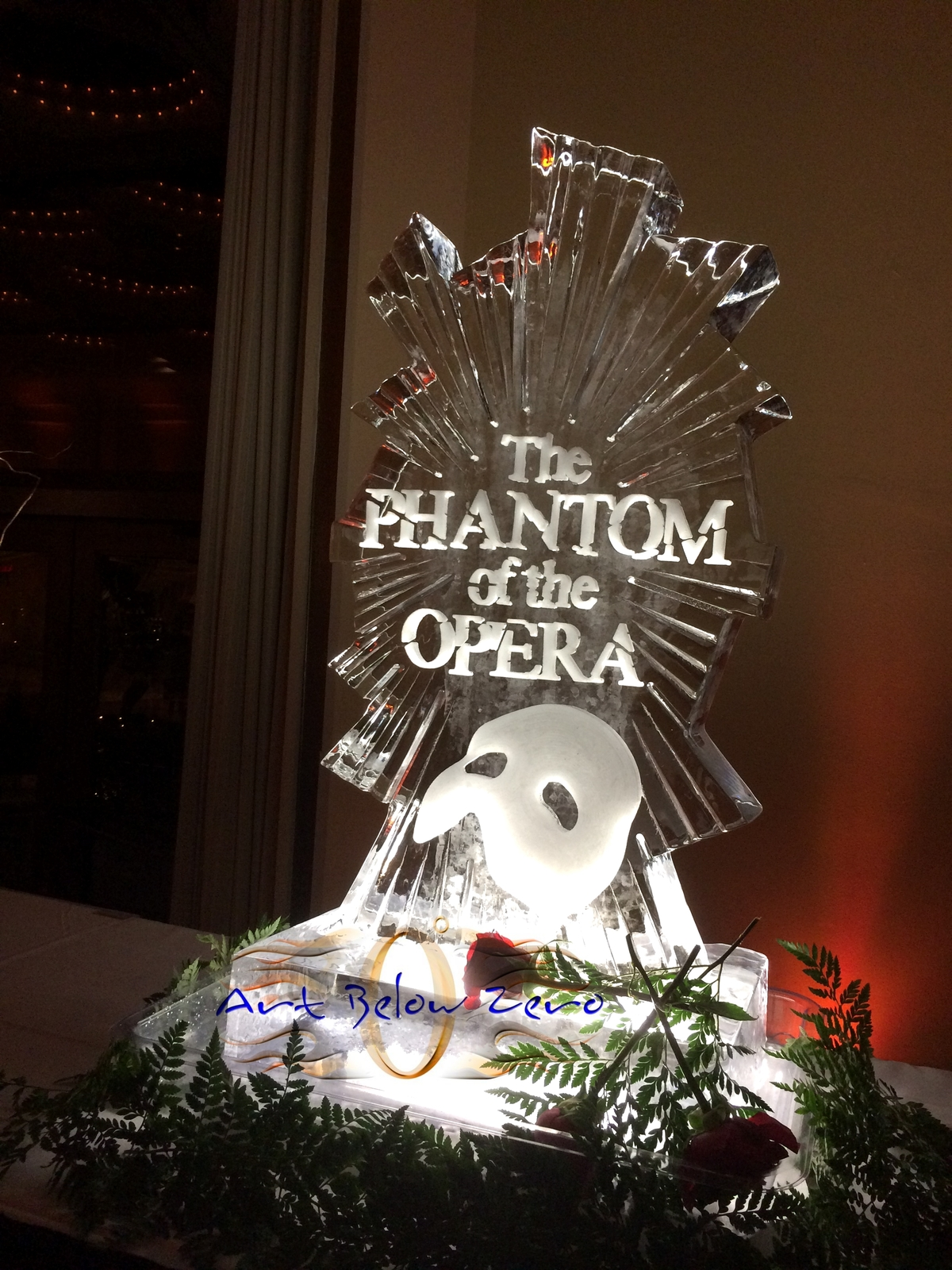 The_phantom_of_the_opera_ice_sculpture_at_the_marcus_center_for_the_arts