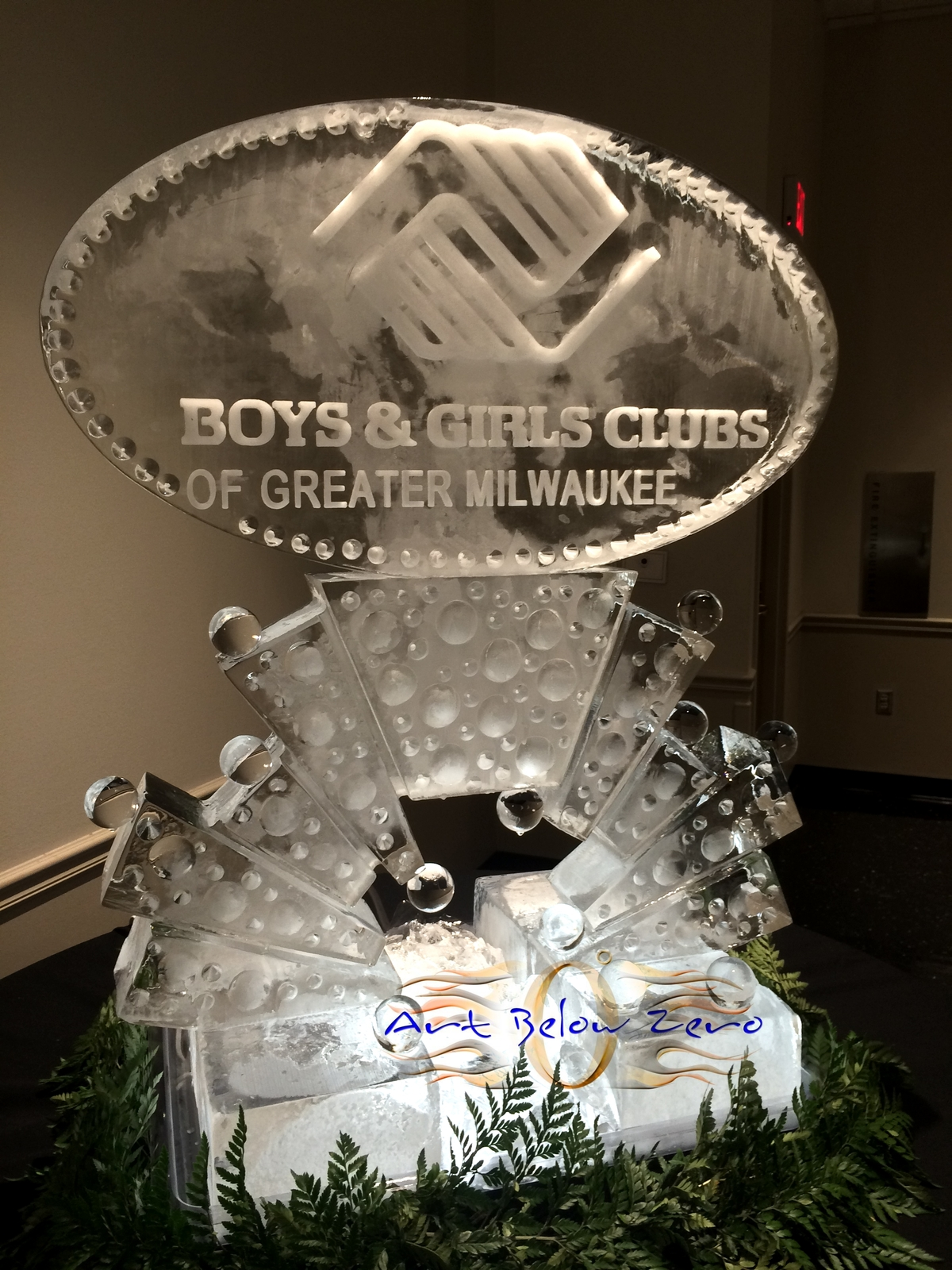 Boys___girls_clubs_of_greater_milwaukee_ice_sculpture