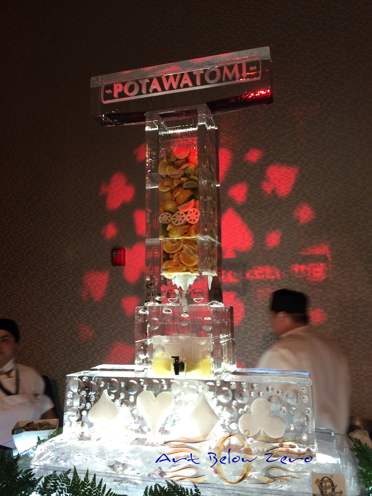 Savory_infuser_ice_sculpture_at_the_grand_opening_of_the_hotel_at_potawatomi_casino